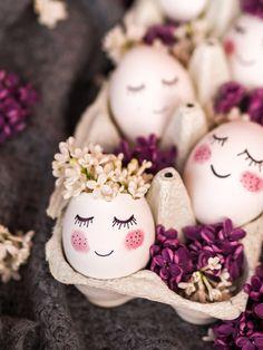 Uskršnji favoriti i nedovršeni detalji - More Less Ines Gold Easter Eggs, Easter Egg Crafts, Easter Dyi, Easter Egg Basket, Bunny Crafts, Easter Party, Easter Gift, Easter Egg Designs, Easter Ideas