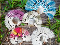 Petite Grey Pearl Shell Woven Palm Fans