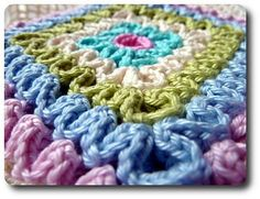 Ravelry: Wiggly Crochet Tutorial pattern by Barbara Smith (makes a nice hot pad or thick cushiony beautiful pillow) Crochet Afghans, Crochet Motifs, Crochet Blocks, Crochet Stitches Patterns, Crochet Squares, Stitch Patterns, Knitting Patterns, Wiggly Crochet Patterns, Crochet Crafts
