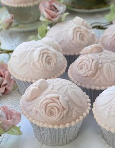 Lovely Vintage Rose Cupcakes