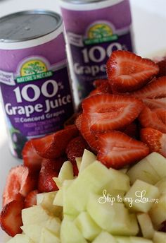 simple strawberry jam - 5 tart apples, grape juice & strawberries. No sugar!!!! MUST DO THIS!