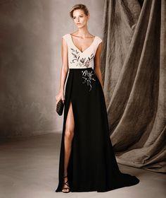 CELESTE - Vestido bicolor longo e decote em V Pronovias