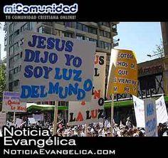 Miles marchan por Jesús en Chile
