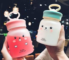 Kawaii Bobbi Bear Drinking Bottle ml.●Material: Borosilicate glass ●About Shipping: time: business days. time: business days to US, please allow weeks shipping to other country.(Shipping times can be affected by variable customs clearance times or Cute Water Bottles, Drink Bottles, Mode Kawaii, Food Storage Boxes, Kawaii Faces, Kawaii Room, Kawaii Accessories, Stainless Steel Types, Cute Cups
