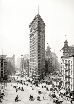 (c. 1903) The Flatiron Building, NYC