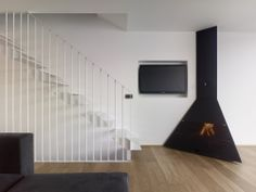 Cool stairs - Two family houses in Redes / Díaz y Díaz Arquitectos