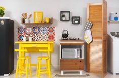 Cozinha integrada com lavanderia : Armários e estantes por Meu Móvel de Madeira