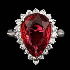 Celebrities and their Diamond Engagement Rings Red Jewelry, Sea Glass Jewelry, Jewelry Rings, Fine Jewelry, Vintage Jewellery, Antique Jewelry, Jewlery, Diamond Rings, Diamond Engagement Rings