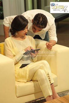 Mahira Khan // Love the cigarette pants with the tunic!