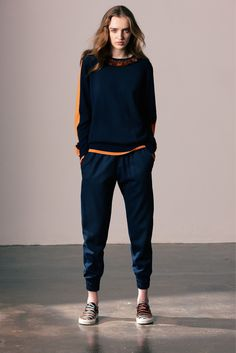 Sportive Punk for Fall Winter 2013 I Mother Of Pearl (chic sweatshirt trend) Winter Fashion 2014, Streetwear, Sweatpants Style, Androgynous Fashion, Military Fashion, Fashion Show, Punk Fashion, Runway Fashion, Womens Fashion