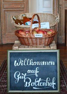 Der kleine Hofladen im Gutshaus von Gut Boltenhof.