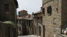 Valahol Toscanaban
