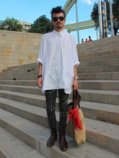 Juan Andrés Gallego #vistelacalle #looks #streetstyle #fashion #modaurbana #moda #coolhunting #colombia #medellin #colombiamoda