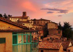 Descubre Los 12 pueblos más bonitos de Umbria, una lista con los mejores…