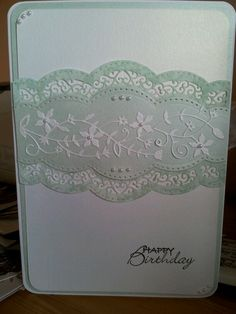 simple n easy!   Uses Scalloped Borders One and it looks like a Memory Box die - Fairytale Flower?