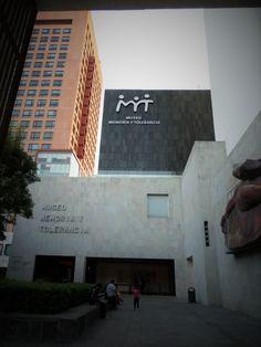 En avenida Juárez se encuentra este Museo.... De la Tolerancia!!
