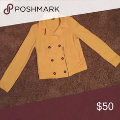 Yellow peacoat style light jacket This zip-up jacket from the Splendid brand is in great condition. Oh so soft and ready for a casual or formal chilly night. A lovely yellow color that adds a wonderful pop to any outfit. Jackets & Coats Pea Coats