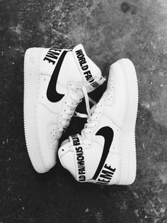 new concept 310a0 3c6f1 Supreme x Nike Air Force 1