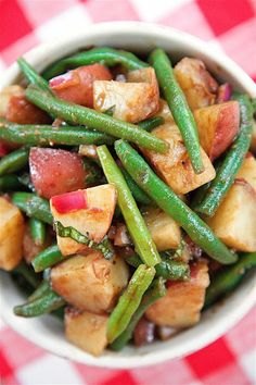 Green Bean and Potato SaladReally nice recipes. Every hour.Show  Blog: Alles rund um die Themen Genuss & Geschmack  Kochen Backen Braten Vorspeisen Hauptgerichte und Desserts #hashtag