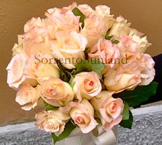 Light pink rose bouquet - wedding planner SorrentoSunland http://www.dreamweddingsinitaly.com/