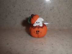 Polymer Clay GhostLittle Ghost Peeking Out by TammysClayCreations