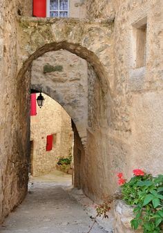 Lurs - Provence, France (via Provenza)