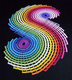 fractal - crocheted table runner