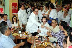 Javier Duarte agradeció a los medios de comunicación, por su labor y contribución al Gobierno del Estado, por siempre informar y estar en los eventos importantes para los ciudadanos, deseándoles un año fructífero y bueno para todos.