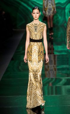 Monique Lhuillier FW2013-14.  What is there to say?