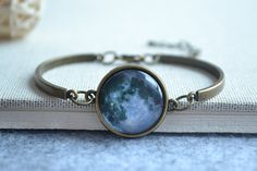 DOME-SPACE Adjustable Silver Bracelets Lone Wolf Hand Chain Link Bracelet Clear Bangle Custom Glass Cabochon Charm