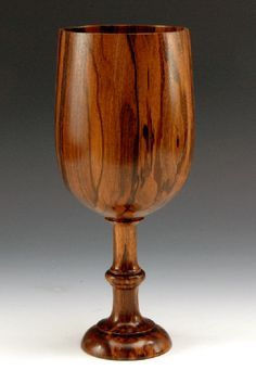 Amazing wood turning. If I could have everything made of wood my life would be complete.