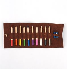 DIY: leather colored pencil case