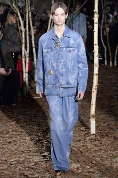 Off-White Fall 2017 Menswear Collection Photos - Vogue
