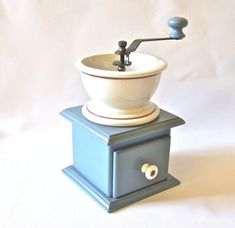 Old Fashioned Manual Coffee Grinder Slate Blue Porcelain Vintage Kitchen
