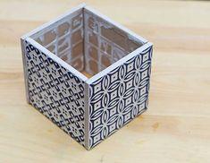 Easy Gorgeous Moroccan Tile بﻻط لللزراعهPlanterبﻻطs--use the alcohol tiles Moroccan Tiles, Moroccan Decor, Moroccan Bedroom, Moroccan Lanterns, Moroccan Interiors, Vintage Planters, Diy Planters, Ceramic Tile Crafts, Ceramic Art