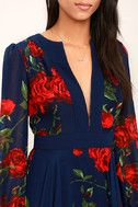 You'll be looking for excuses to show off the Blossom Buddy Red and Navy Blue Floral Print Maxi Dress! Blue floral print maxi dress has a plunging V-neck and sheer long sleeves. Casual Work Outfits, Classy Outfits, Red And Blue Dress, Blue Maxi, Dress Red, Sewing Dress, Outfits Fiesta, Party Frocks, Floral Print Maxi Dress