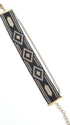 Cuff Bracelet in Miyuki beads Loom Bracelet Patterns, Bead Loom Bracelets, Bead Loom Patterns, Beaded Jewelry Patterns, Bracelet Crafts, Beading Patterns, Beading Tools, Loom Beading, Seed Bead Necklace