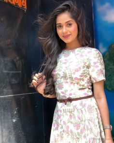Look Your Best With This Fashion Advice Beautiful Indian Actress, Beautiful Actresses, Hd Photos, Girl Photos, Teen Celebrities, Celebs, Indian Celebrities, Stylish Girl Pic, Beautiful Girl Image