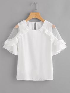 Dotfashion Sheer Insert Frill Trim Blouse 2018 New Fashion White Round Neck Short Sleeve Women Top Summer Casual Blouse Look Fashion, Girl Fashion, Fashion Outfits, Fashion Design, New Mode, Mode Top, Fitness Workouts, Latest Fashion For Women, African Fashion