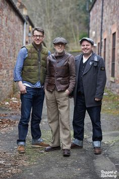 sven and me with ken from aero leather (thanx holly for the pic)