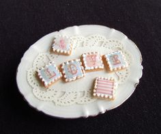 Tiny dollhouse cookies by goddess of chocolate, via Flickr