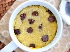 Gluten Free Chocolate Chip Mug Cake Chocolate Chip Mug Cookie, Cookie In A Mug, Gluten Free Chocolate Chip Cookies, Gluten Free Cookies, Chocolate Chips, Gluten Free Mug Cake, Cake Chocolate, Köstliche Desserts, Delicious Desserts