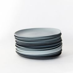 Plates porcelain gray set // golden biscotti