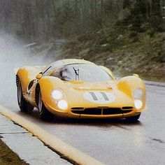 Spa 1000 km - Ferrari 412 P (Mairesse / Beurlys) > crash Sports Car Racing, Sport Cars, Road Racing, Auto Racing, Ferrari Racing, Ferrari Car, Le Mans, Spa, Grand Prix