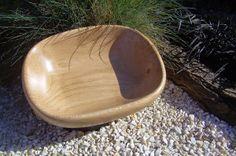 Historia de un cuenco de madera   (1ª parte) Wood Bowls, Spoon Rest, Wood Carving, Serving Bowls, Woodworking, Plates, Tableware, Diy Wood, Wood Trunk