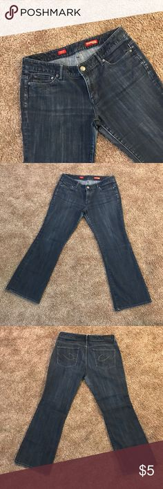 "Express Jean Stella Boot Leg Dark Denim 10S Good used condition. Tag size 10S. Jeans still have lots of life left. Damage shown in last three pictures. The damages noted: pants legs are slight faded on the enter thigh area. Not noticeable when worn. Small snug on bottom of leg in shown in the very last picture, not noticeable when worn. MEASUREMENTS: Waist 32"" Inseam 28"" Express Jeans Boot Cut"