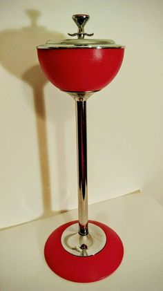 SUPERB VINTAGE RETRO 1960 S IANTHE CHROME & Red FLOOR STANDING ASHTRAY