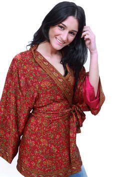 Kimono de crepe forrado JULUNGGUL primavera.-verano 2014. Todas las tallas y embarazadas www.julunggul.com Crepe kimono, spring-summer 2014 All sizes and pregnant women