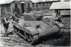 M22 Locust Airbourne Light tank. The M22 was a light tank designed to be air dropped to assist in airbourne operations. #worldwar2 #tanks