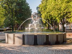 Der Brunnen am Marienberg Ecke Bergstraße, er wird auch die Rose genannt.